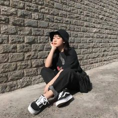 Korean Girl Fashion, Korean Street Fashion, Ulzzang Fashion, Korea Fashion, Asian Fashion, Look Fashion, 70s Fashion, Korean Outfits, Retro Outfits