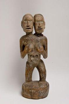 Congo Kongo. Rare et ancien fétiche féminin du lemba à tête janus. Le
