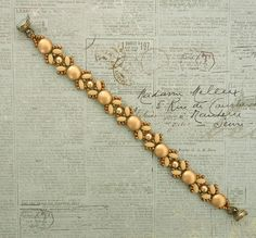 Linda's Crafty Inspirations: Bracelet of the Day: Lucy - Ivory & Gold