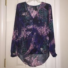 Chiffon galaxy blouse Chiffon Galaxy v-neck blouse! Multicolored green/navy/pink/purple. The back is longer than the front! Tops Blouses