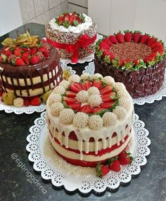 18 Ideas For Chocolate Cake Decoration Strawberry Food Pretty Cakes, Cute Cakes, Beautiful Cakes, Yummy Cakes, Amazing Cakes, Food Cakes, Cupcake Cakes, Sweets Cake, No Bake Desserts