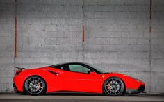Foto: Hot red Ferrari 488