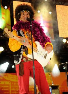 …Y Bill Murray como Jimmy Hendrix