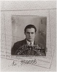 60 Rare Photos That Will Destroy Everything You Knew about The Past / Ernest Hemingway passport photo Rare Historical Photos, Rare Photos, Old Photos, Vintage Photos, Iconic Photos, Ernest Hemingway, Nostalgia, Classy People, Figure Photo