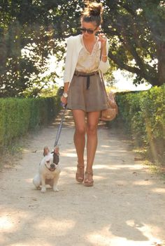 I love everything about this outfit, even the black and white frenchie :)