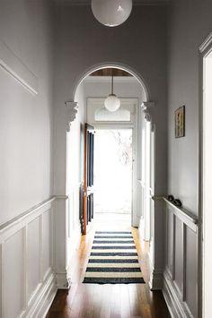 Cottage Lighting, Farmhouse Lighting, Cottage Hallway, Entry Hallway, Entryway, One Kings Lane, Weatherboard House, Queenslander, Estilo Country