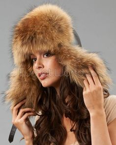 372429b1cd8 Womens Raccoon Fur   Leather Trapper Hat