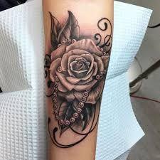 Resultado de imagen para rose and lace tattoos on shoulder with names
