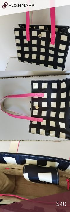 KATE SPADE Nylon Black & White Bag Tote In great condition, please ask if you have any questions or want any more pictures! kate spade Bags Totes