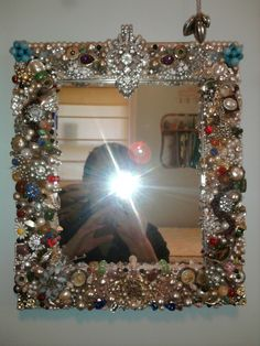 Sharing is Caring: Jewelry Mirror