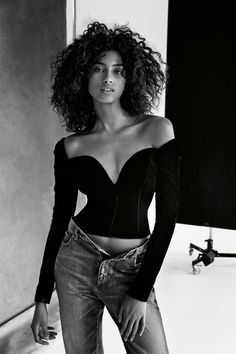 Fashion Dress Malayalam Movie Smile: Imaan Hammam Taylor Hill & Anna Ewers in Vogue UK February 2017 by Patrick Demarchelier.Fashion Dress Malayalam Movie Smile: Imaan Hammam Taylor Hill & Anna Ewers in Vogue UK February 2017 by Patrick Demarchelier Short Curly Hair, Curly Hair Styles, Natural Hair Styles, Curly Girl, Vogue Uk, Vogue Russia, Beautiful Black Women, Beautiful People, Patrick Demarchelier