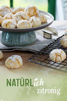 Die NATÜRLich Backzutaten von Dr. Oetker kommen ganz ohne Zusatzstoffe aus – und verleihen deinen Backkreationen das natürliche Extra an Geschmack. Entdecke unsere leckeren Rezepte! Sweet Recipes, Snack Recipes, Snacks, Sweet Cookies, Biscuit Recipe, Cupcake Cookies, Diy Food, Yummy Cakes, Bakery
