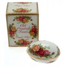 Royal Albert Old Country Roses Egg Box
