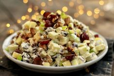 Waldorfsalat Waldorf Salat, Pasta Salad, Potato Salad, Potatoes, Aioli, Ethnic Recipes, Food, Crab Pasta Salad, Potato