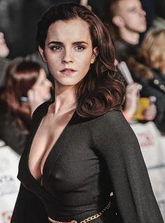 Emma Love, Emma Watson Beautiful, Emma Watson Sexiest, Beautiful Girl Image, Beautiful Celebrities, Beautiful Actresses, Celebrities Fashion, Emma Watson Images, Emma Watson Style