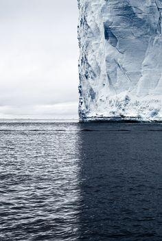 imalikshake:  Mercator's Projection, Antarctica, 2007 by David Burdeny