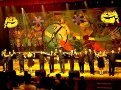 O grupo MPB Unicap se apresenta no palco do Teatro Luiz Mendonça, no Parque Dona Lindu, na quarta-feira, dia 24.