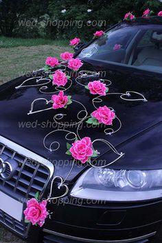 Rosa Rosen und Herzen, hmm Herzen ja aber die Rosen müssen mit dem Strauss stimmen