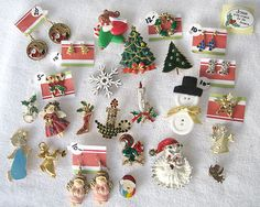 Vintage Christmas Costume Jewelry Collection Lot Earrings Pins Santa Estate Vtg   eBay