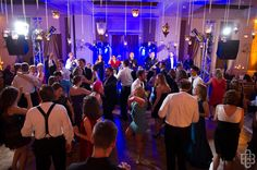 Everybody on the Dancefloor!