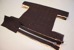 Syoppskrift: Toalettmappe redesignet av putetrekk Diy And Crafts, Bags, Handbags, Bag, Totes, Hand Bags