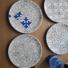 Ceramic Clay, Ceramic Plates, Porcelain Ceramics, Pottery Painting Designs, Paint Designs, China Painting, Ceramic Painting, Glazes For Pottery, Ceramic Pottery