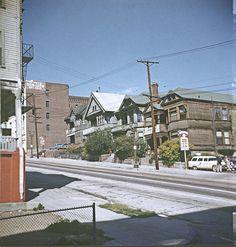 BH118 La Casa da Don Leon Apartment Hotel, Bunker Hill, Los Angeles - Late 1950s.