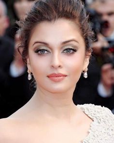 Aishwarya Rai Bachchan | She is so beautiful...
