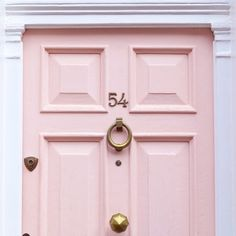 Think i might do pink on the inside of the front door, bit diff Long Week-end, Tout Rose, Pink Houses, Cat Houses, Everything Pink, Konmari, Home Design, My Favorite Color, Pretty In Pink