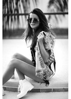 nettenestea-annette-haga-ferie-solbriller-nese-piercing-jack-daniels-topp-denim-vest-outfit-blogg.jpg