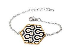 Beaded Jewelry, Beaded Bracelets, Foot Bracelet, Bijoux Diy, Brick Stitch, Hobbies And Crafts, Bead Art, Handmade Bracelets, Beading Patterns
