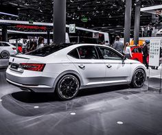 IAA2015 Luxury Rv, Car Pictures, Car Pics, Motor Car, Cars And Motorcycles, Techno, Mercedes Benz, Volkswagen, Porsche