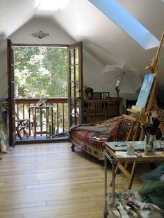 hardworking studios - Love attic rooms, great studio idea!