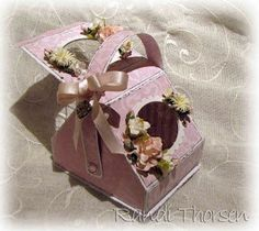 RANDI'S LITTLE BLOG: TUTORIAL IN GIFT BOX