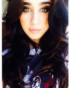 Lauren Jauregui of Fifth Harmony has amazing green eyes!