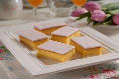 Pomarančové rezy s polevou: Skvelý falošný punčák Mobile App Design, Cornbread, Cake, Ethnic Recipes, Food, Basket, Millet Bread, Kuchen, Essen