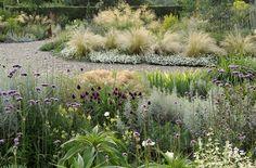 Peter Janke's own garden in Hilden, Germany | photography: Jürgen Becker | http://peter-janke-gartenkonzepte.de/