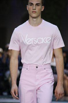 Versace ▌Spring Summer 2018 Menswear Collection Fashion Week Milan