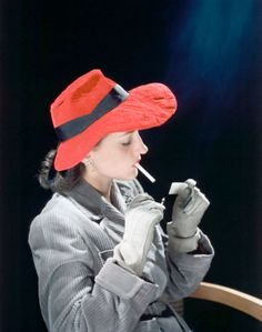 John Rawlings - Model wearing rosy-red quilted velvet bonnet, dove-gray corduroy greatcoat, hand-stitched gray gloves, and diamond spiral earrings, smoking a 1940s Fashion, Look Fashion, Womens Fashion, Female Fashion, Fashion Vintage, Simply Fashion, Fashion Trends, Lyon, Grey Gloves