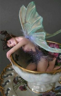 """pixiewinksfairywhispers: """" cenerentolaviolentata:Sugar Plum I believe in everything until it's disproved. So I believe in fairies, the myths, dragons. It all exists, even if it's in your mind. Who's to say that dreams and nightmares aren't as real as. Magical Creatures, Fantasy Creatures, Fantasy World, Fantasy Art, Fantasy Fairies, Kobold, Dreams And Nightmares, Love Fairy, Toy Art"""