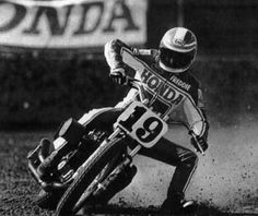 Freddie Spencer #19 on a factory Honda NS750