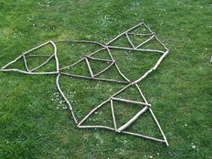 How many triangles can you make with 9 sticks? Or older kids, Who can use these 9 sticks to make the most triangles? Kids can reinforce geometry and critical thinking skills through creating various shapes with sticks. Outdoor School, Outdoor Classroom, Math Classroom, Forest Classroom, Classroom Ideas, Outdoor Education, Outdoor Learning, Early Education, Education Logo