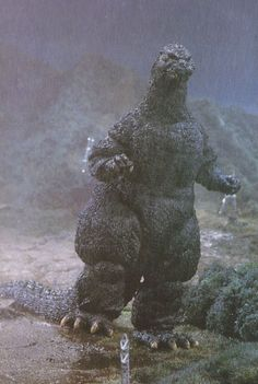 Biollante Why do all Japanese monsters have cankles? All Godzilla Monsters, Cool Monsters, Classic Monsters, Godzilla Figures, Japanese Monster Movies, Giant Monster Movies, Godzilla Wallpaper, Strange Beasts, Japanese Film