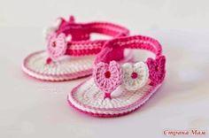 Hobby lavori femminili - ricamo - uncinetto - maglia: scarpette neonato uncinetto