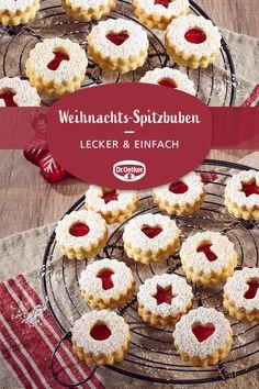 Weihnachts-Spitzbuben: Vanillige Plätzchen mit gemahlenen Mandeln und Konfitüre zur Weihnachtszeit #adventszeit #keksebacken #teatime