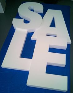 large stepped sale letters for wall mounting in shopping centre