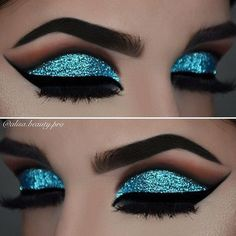 Shining Blue Eye Makeup Inspiration For Holiday This Season.