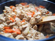 ほっこりやさしい味が懐かしい!豆腐料理の定番「炒り豆腐」で秋の食卓を | おうちごはん Dishes, Cooking, Recipes, Kitchen, Tablewares, Recipies, Ripped Recipes, Brewing, Dish