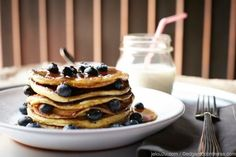 Receta: Pancakes de mora y avena | Rosa Frou