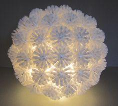 Lamp made of toiletbrushes - Natalie Sampson